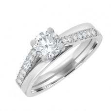 Platinum Diamond Solitaire with 1/2 Grain set Shoulders