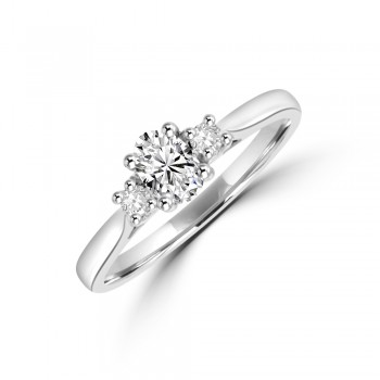 Platinum Three-stone ESi2 Oval & Brill cut Diamond Ring