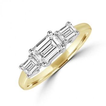 18ct Gold Three-stone Emerald cut Diamond Ring