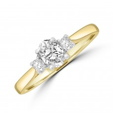 18ct Yellow Gold Oval Three-Stone Ring.