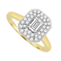 18ct Gold Emerald cut Diamond Solitaire Cluster Ring
