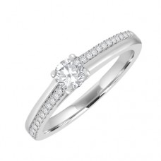 18ct Solitaire Diamond Engagament Ring. Offset Diamond Shoulder
