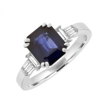 18ct White Gold Emerald cut Sapphire & Baguette Diamond Ring