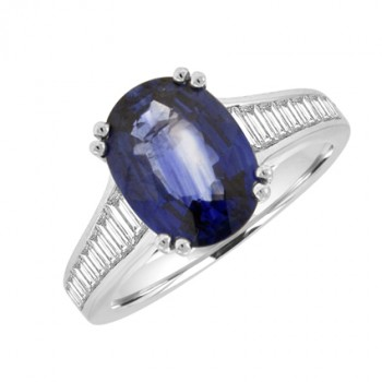18ct White Gold oval Sapphire & Diamond Baguette Ring