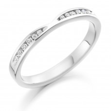 Platinum Diamond Channel Ribbon Wedding Ring