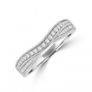 Platinum Baguette & Brilliant cut Diamond shaped Wedding ring
