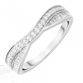 Platinum .25ct Brilliant & Baguette Diamond Overlap Ring