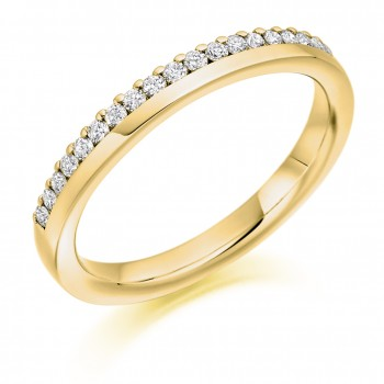18ct Gold Offset Diamond Wedding Ring