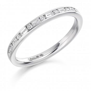 18ct White Gold Brilliant & Baguette Diamond Wedding Ring
