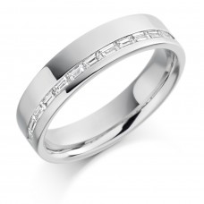 18ct White Gold Baguette Diamond Offset Wedding Ring