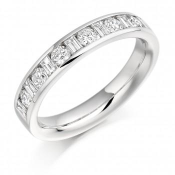 18ct White Gold Baguette & Brilliant cut .76ct Diamond Ring