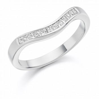 18ct White Gold Princess cut Diamond Bow Shaped Wedding Ring