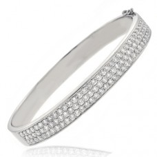 18ct White Gold 104 stone Diamond Bangle