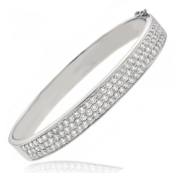 18ct White Gold 104 stone Diamond Bangle
