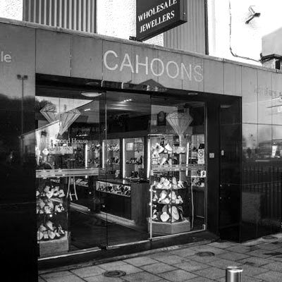 Front view of Cahoons Jewellery Showroom